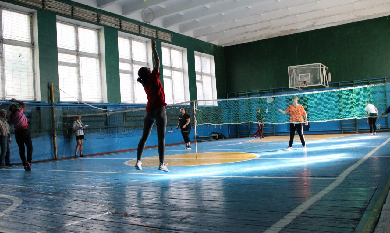 gorodskie-sorevnovaniya-po-badmintonu-4