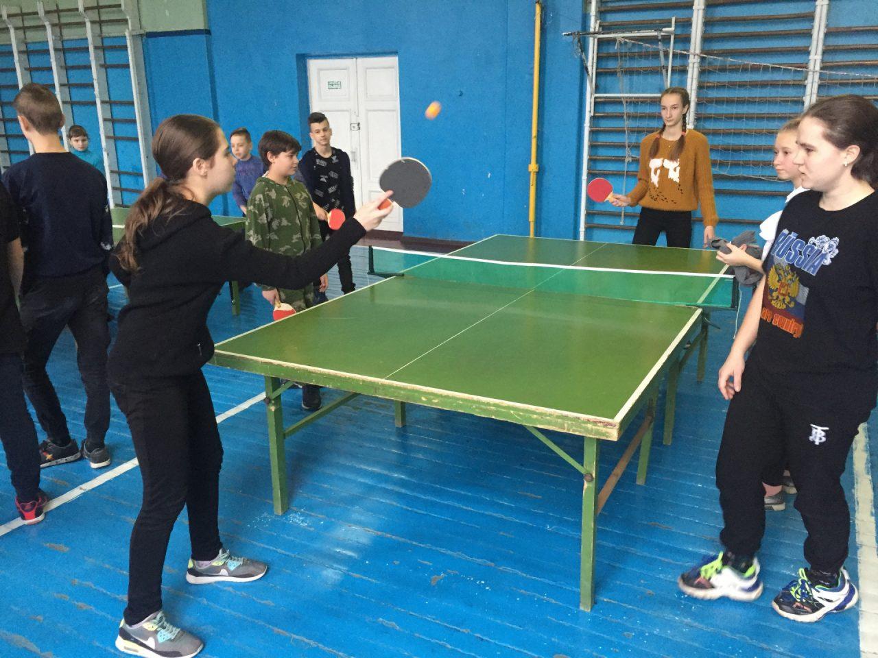 nastolnij-tennis-sredi-shkolnikov-1