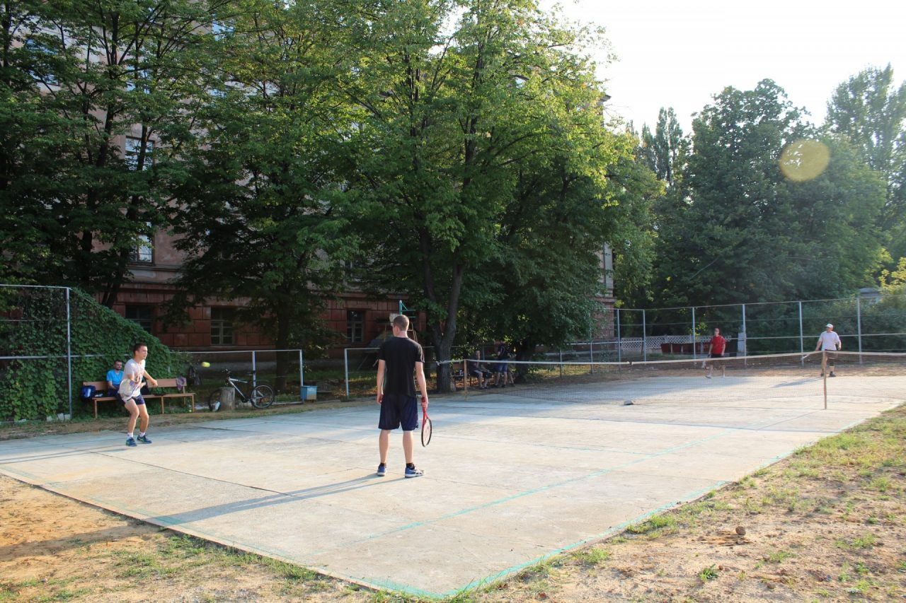 parnij-turnir-po-tennisu-1