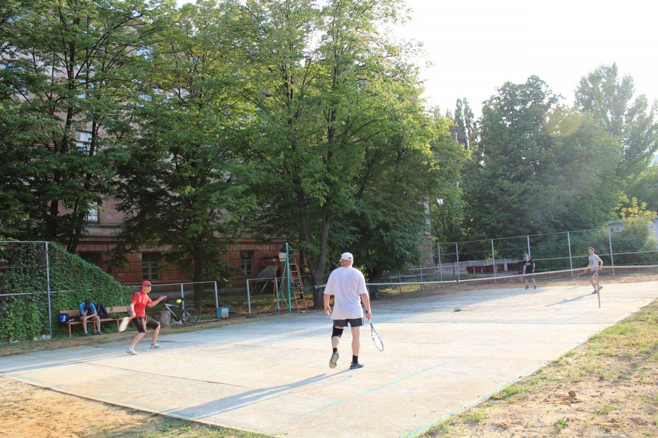 parnij-turnir-po-tennisu-5