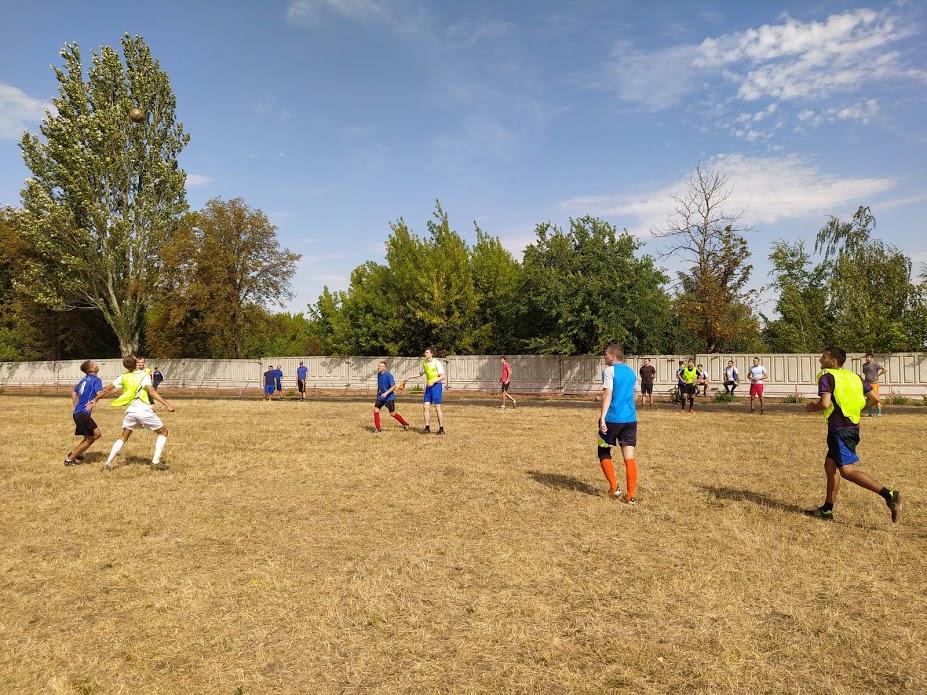 sorevnovaniya-po-mini-futbolu-5x5-3