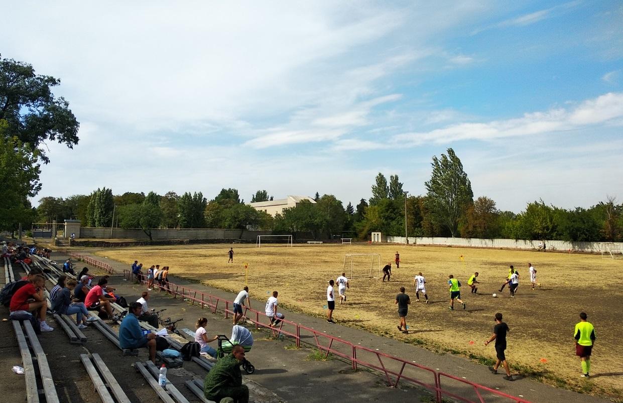 sorevnovaniya-po-mini-futbolu-5x5-6