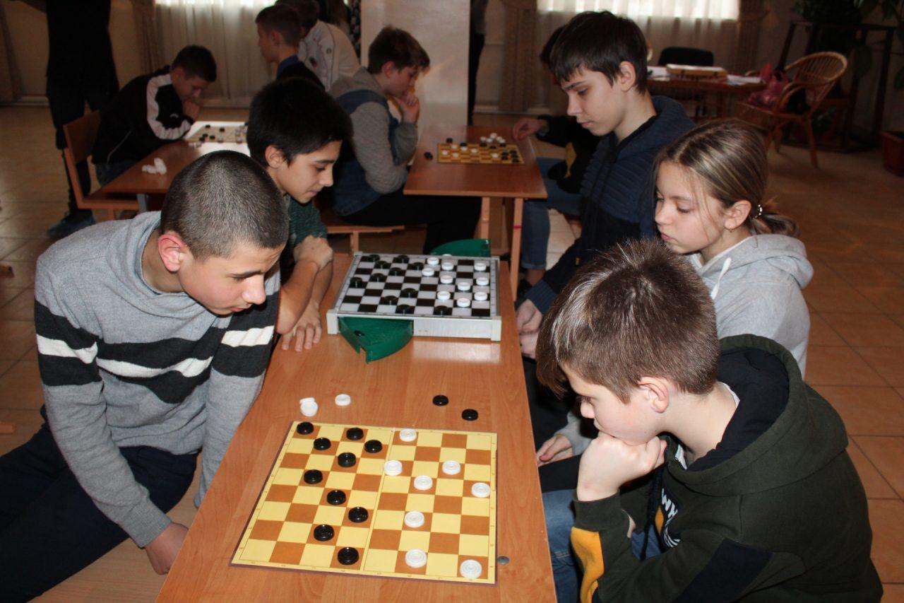 sportivnaya-igroteka-osh-7-3