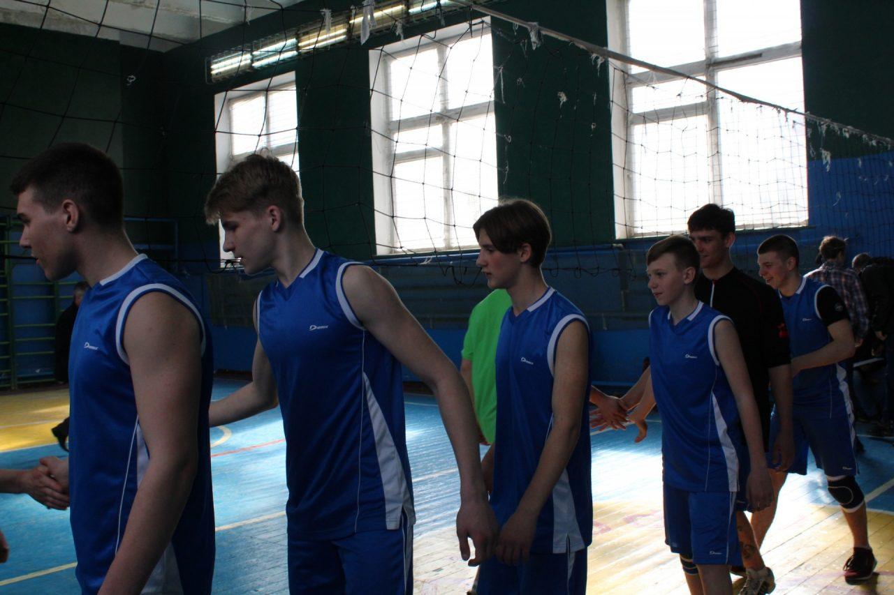 volejbol-yunoshi-10-11-klassi-35
