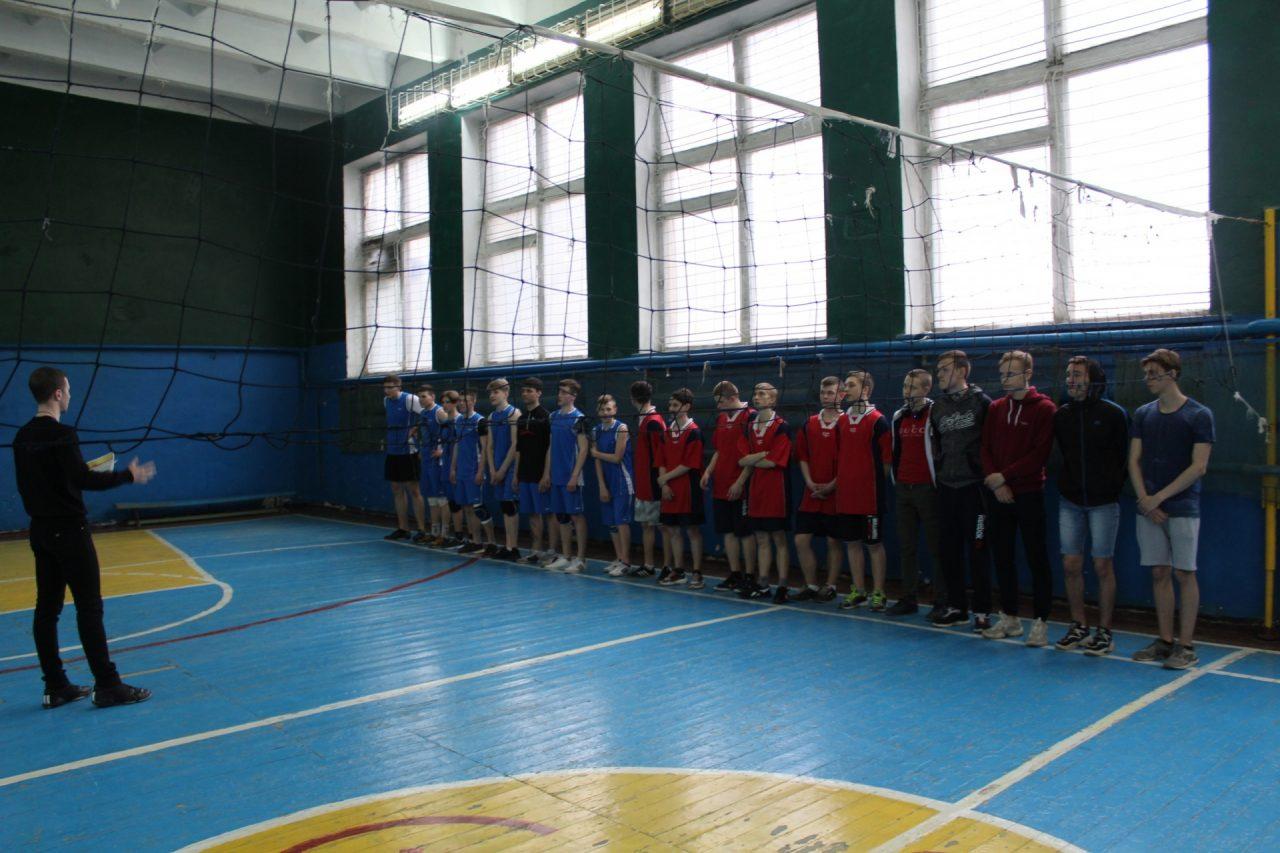 volejbol-yunoshi-10-11-klassi-37